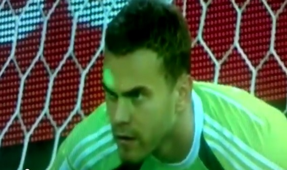 Russian goalie lights eyes