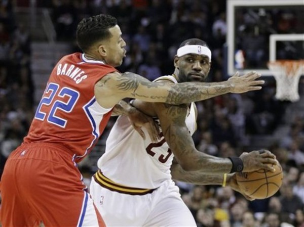 Lebron James Matt Barnes Cavs Feb 5 2015