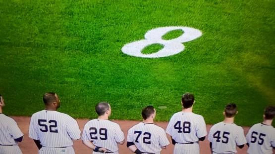 Yankees bid farewell to Yogi Berra