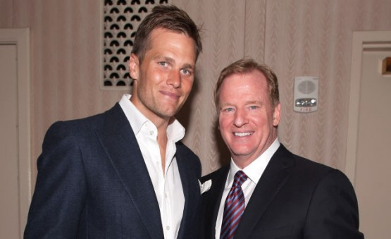 Tom Brady (l.) and NFL Commissioner Roger Goodell (r.) cameo photo from the past.