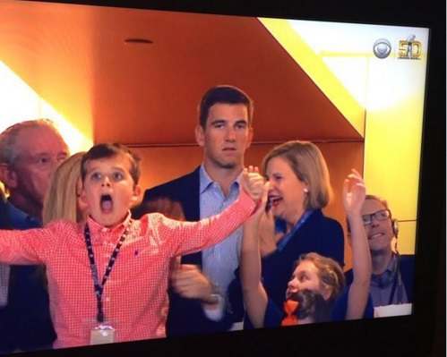 eli manning super bowl 50 sad face